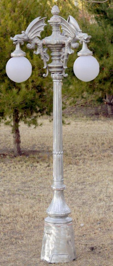 Three Light Dragon Street Lamp