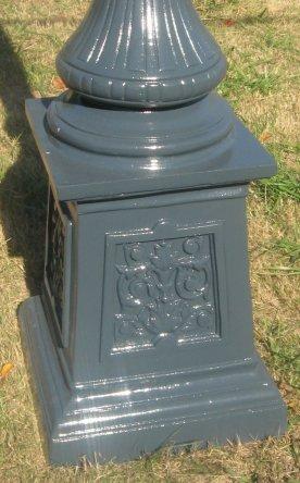 Medium Shaft Victorian Street Lamp Post On Urn Base With